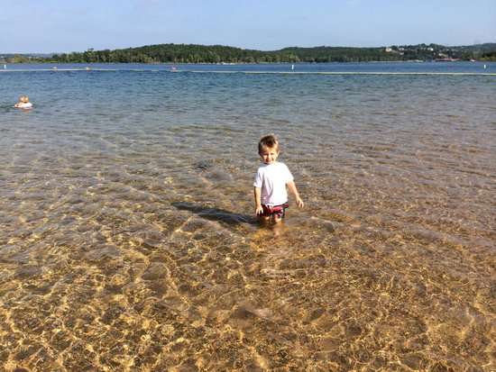why-is-table-rock-lake-the-best-place-to-vacation-at