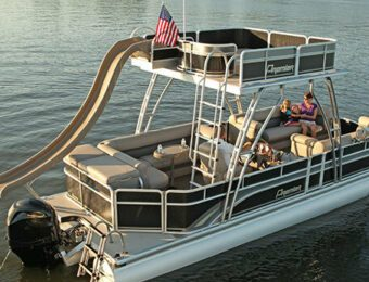 Why Rent a Speed Boat on Table Rock Lake