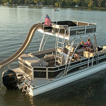 why-rent-a-speed-boat-on-table-rock-lake