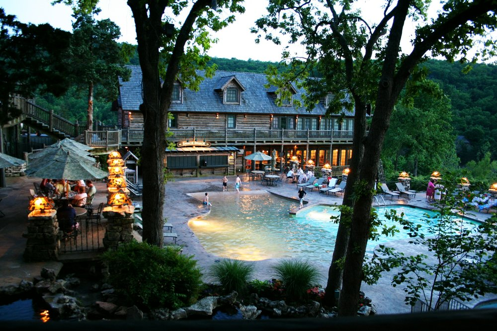 planning-a-family-vacation-at-table-rock-lake-with-two-kids